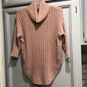 Express Turtleneck Tunic Used in Woman